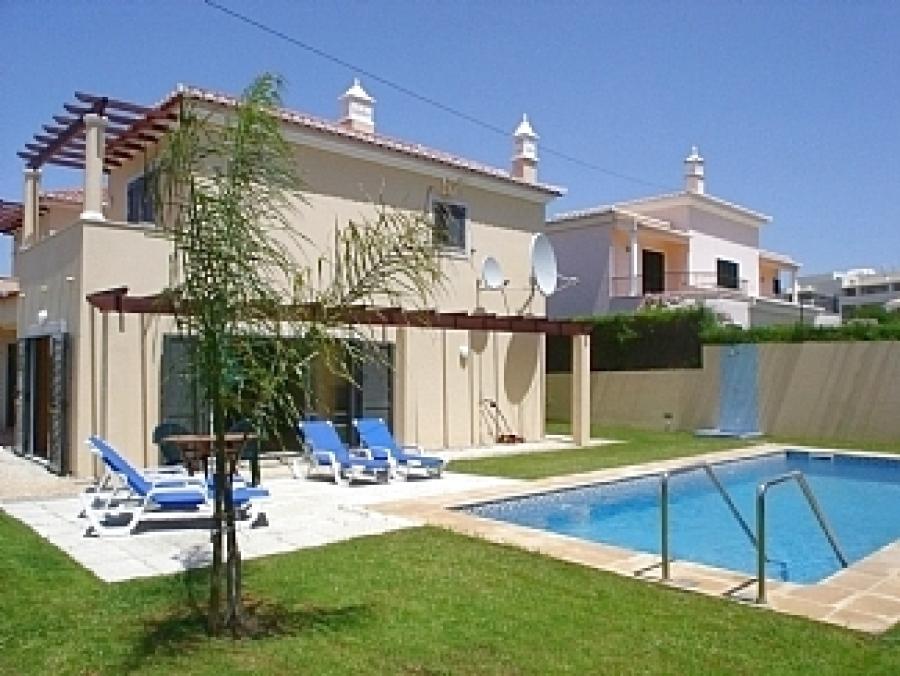 Villa in Alvor